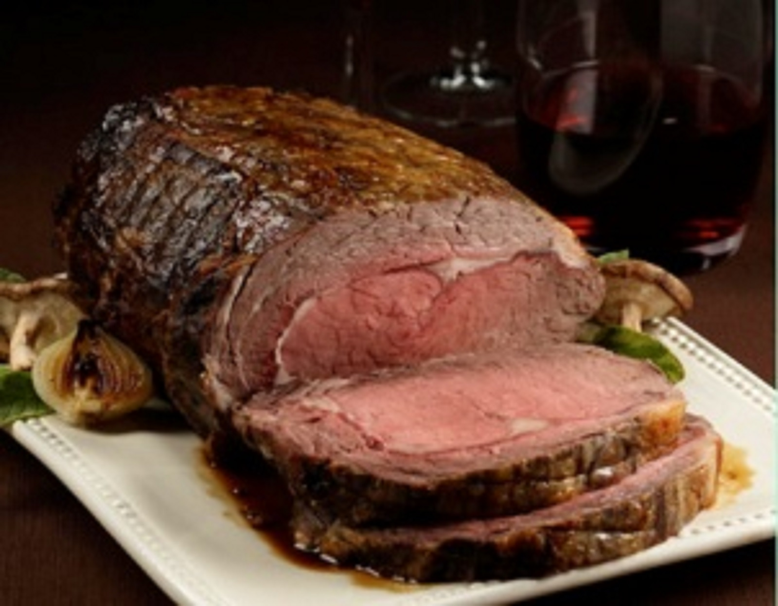 Traditional Roasted Prime Rib Au Jus with Yorkshire Pudding